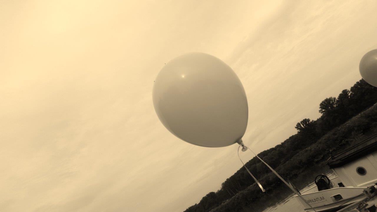 Ein Luftballon als Dekoration eines Firmenevents