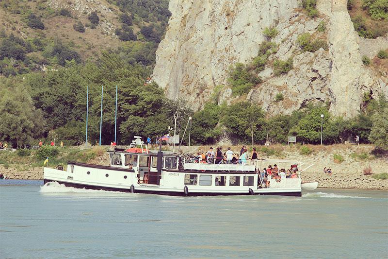 Die MS Carnuntum auf der Donau